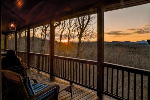 A Golden Retreat - Apartment - Morganton