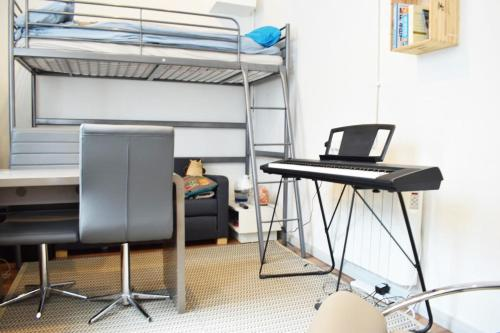 Cozy Studio minutes away from Bethnal Green - image 4