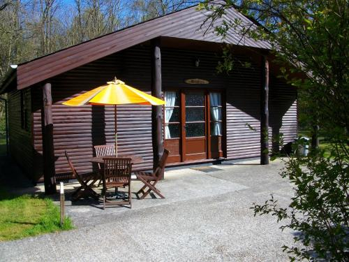 Eversleigh Woodland Lodges picture 1 of 22