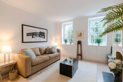Spacious 1 Bedroom Apartment In The Heart Of Chelsea