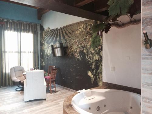Suite Superior - Uso individual Hotel SPA Bodega El Lagar de Isilla 9