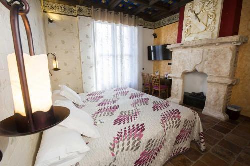 Habitación Doble - 1 o 2 camas - Uso individual Hotel SPA Bodega El Lagar de Isilla 17