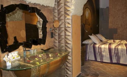 Habitación Doble - 1 o 2 camas - Uso individual Hotel SPA Bodega El Lagar de Isilla 10