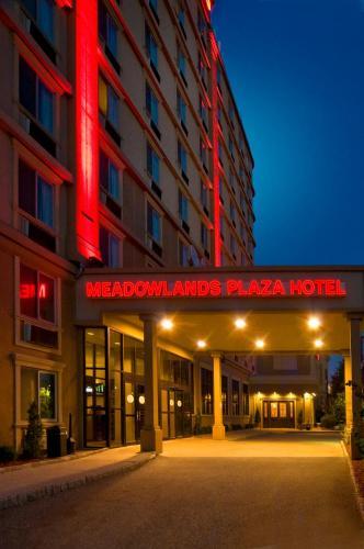 Meadowlands Plaza Hotel