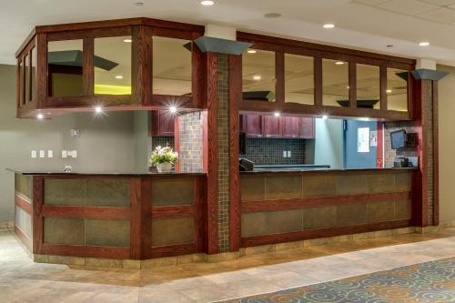 Park Town Hotel - Saskatoon, SK S7K 3H5