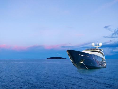 Yacht Irama - Hôtel - Cannes
