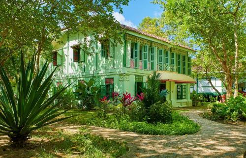 . Temple Tree Resort