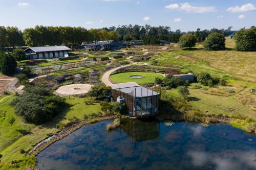 . Brahman Hills - Gardens, Hotel & Cottages