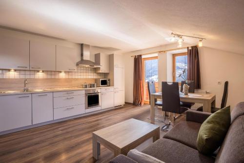 Golserhof Sonne - Apartment - Cadipietra / Steinhaus