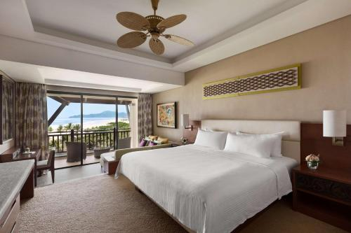 Garden Wing Deluxe Double Room with Sea View
