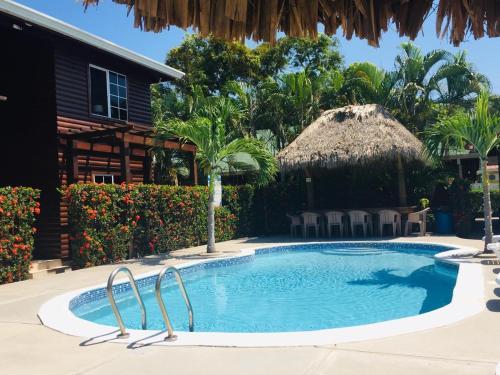. Hotel y Cabañas Playa Caribe