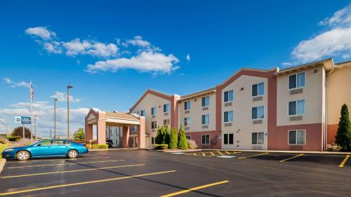 Best Western Penn-Ohio Inn & Suites - Hotel - Hubbard