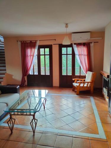 Acogedor duplex a 15min de Marbella - Apartment - Monda