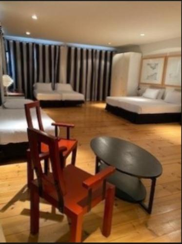 Standard Quadruple Room Hotel Trias 3