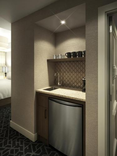 Malcolm Hotel by CLIQUE - Canmore