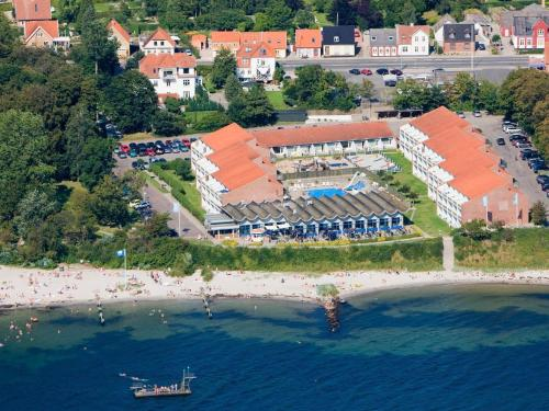 . 6 person holiday home on a holiday park in Faaborg