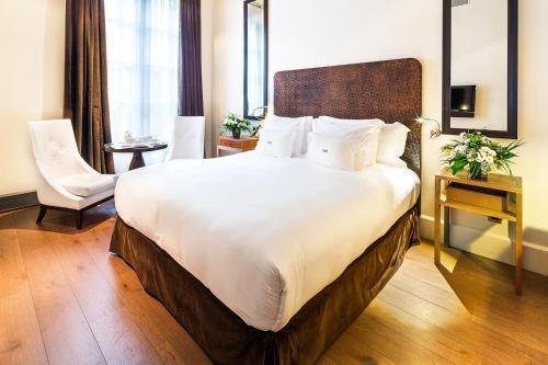 Habitación Deluxe con cama extragrande Sonder l DO Plaça Reial 1