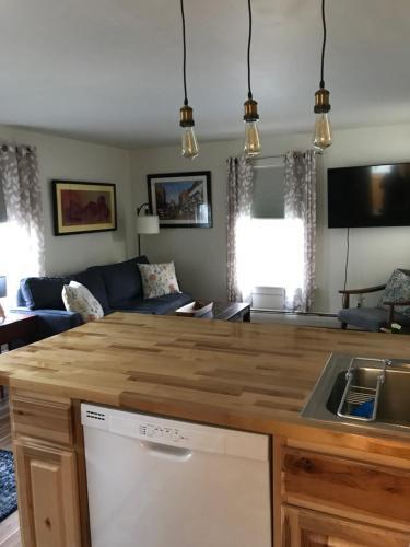 LXV North Union, Burlington Vermont - Apartment - Burlington