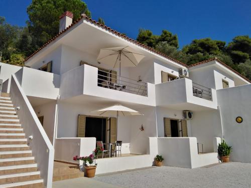 . Skiathos Lagoterra Apartments