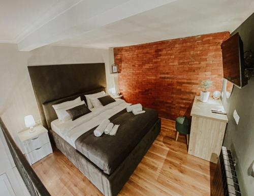 Luxury inn - Hotel - Tbilisi City