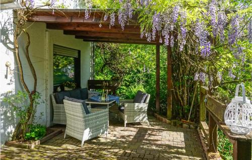 . Two-Bedroom Apartment in Hinterweidenthal