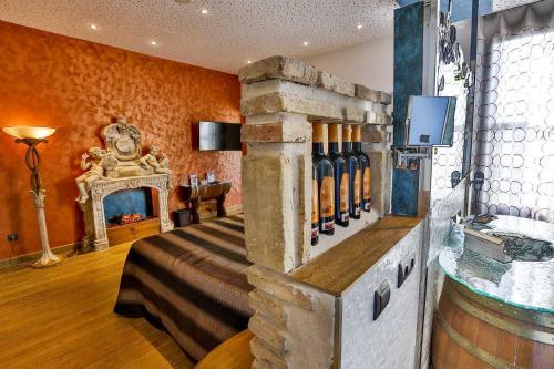 Suite Hotel SPA Bodega El Lagar de Isilla 10