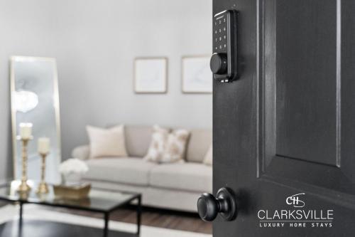 Luxury 2 bedroom villa w/Office, near Fort Campbell & ASPU - Accommodation - Clarksville