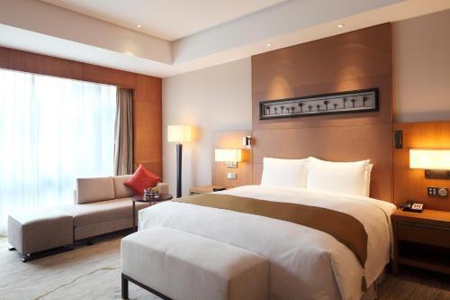 . DoubleTree By Hilton Jiaxing