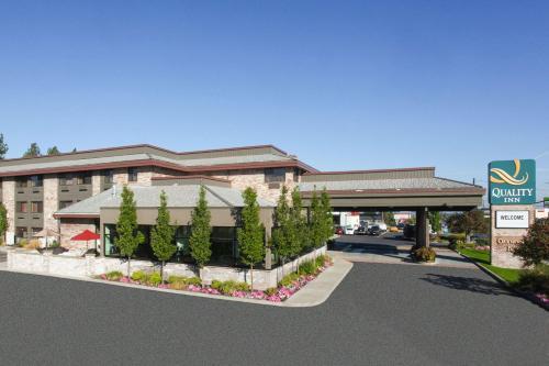 Quality Inn Oakwood - Hotel - Mount Spokane