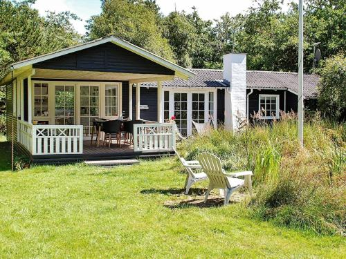 Three-Bedroom Holiday home in Jerup 2, Pension in Jerup