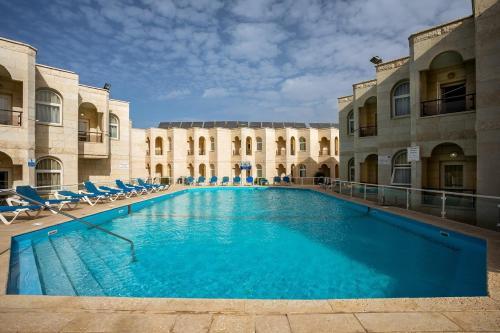 . Acco Beach Hotel