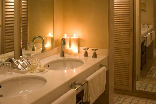 Superior Double or Twin Room Villa Oniria 6