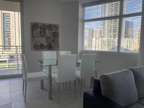 Fort Lauderdale Civic Center 30 Day Stays - image 3