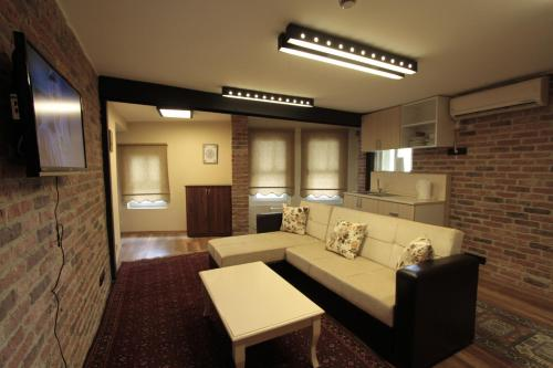 Istanbul Coskun House adres