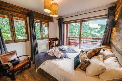 Three-Bedroom Apartment with Mountain View (8 Adults)