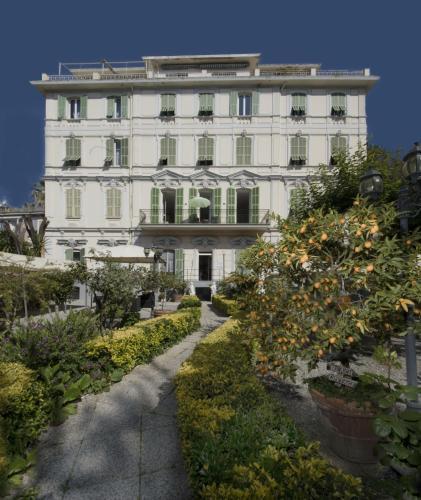 . Hotel Alexander & Spa