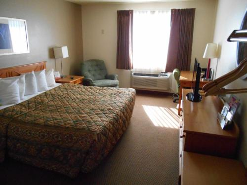 Days Inn By Wyndham Billings - Billings, MT 59101