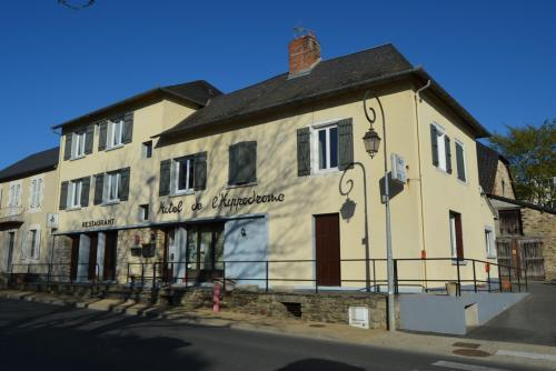 . Hotel de L'Hippodrome