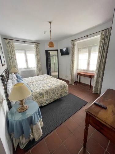Doppel- oder Zweibettzimmer Hotel Los Caspios 9