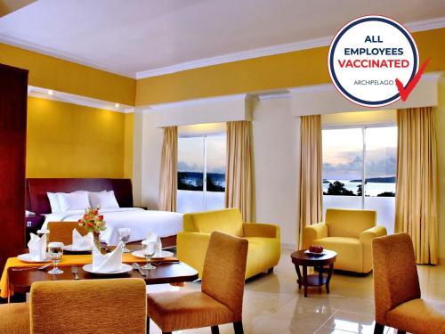 . Aston Niu Manokwari Hotel & Conference Center