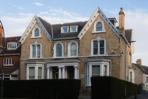 . Kingston Villas Serviced Apartments - Hull Serviced Apartments HSA