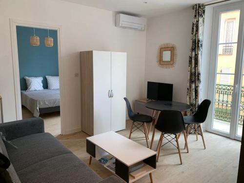 Beausoleil Monaco, neuf avec climatisation wifi LV LL TV etc - Hotel - Beausoleil
