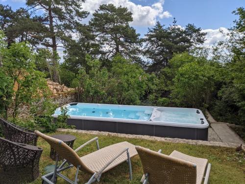 Maisons Les Tilleuls, Les Pins et Les Lilas - Location saisonnière - Beaune