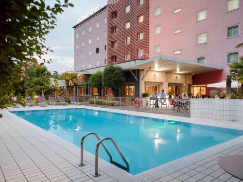 Novotel Brescia Due - Hotel - Brescia