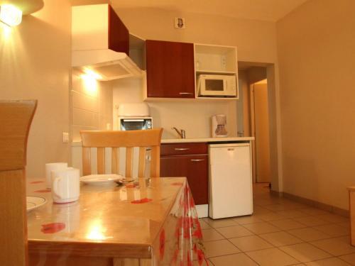 . Appartement La Tranche-sur-Mer, 1 pièce, 2 personnes - FR-1-357-22