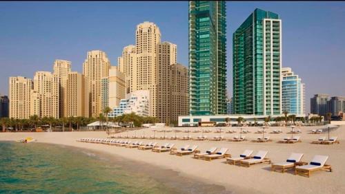 Stunning 5* 4Br-Oceanfront-Apartment