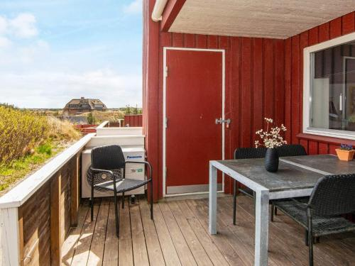 . Two-Bedroom Holiday home in Henne 3