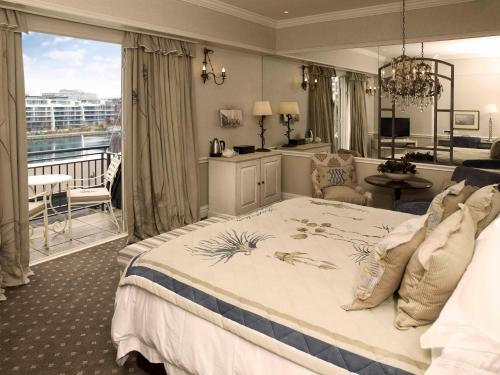 Luxury King Room with Patio