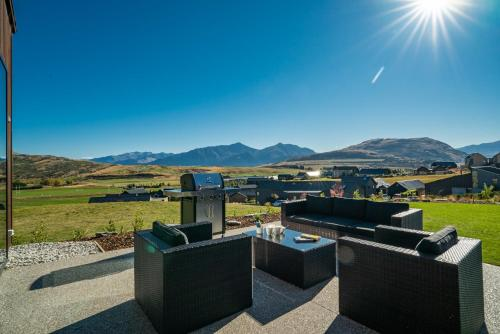 A Remarkable Stay - Jack's Point Holiday Home - Hotel - Queenstown