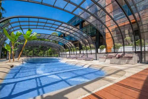 . Port 21 Pura Pool & Design Hotel - Adults Only